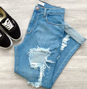 Cassie Distressed Jeans