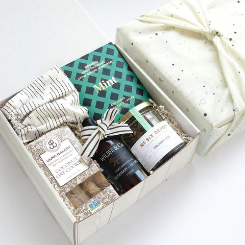 KADOO Thinking of You gift box/care package with galaxy space special edition cotton bandana – natural color. Contains Mint Chocolate, Coconut Oat Cookies, Pomegranate Green Tea, Hand sanitizer and cotton facemask.