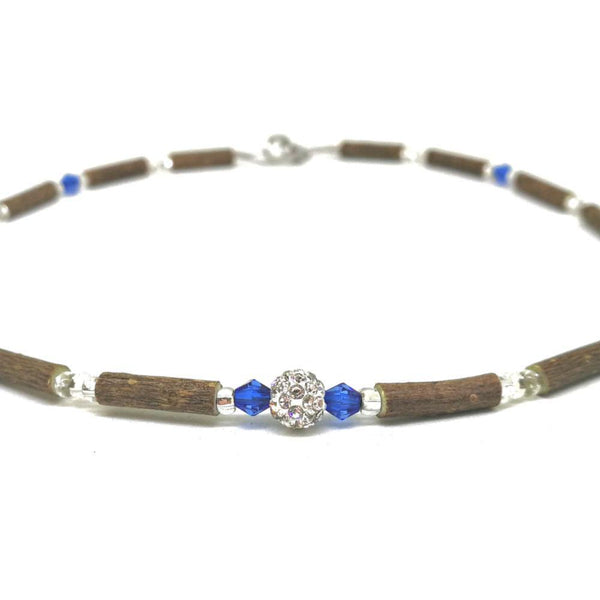 E04 | Hazel wood, blue & shiny shamballa