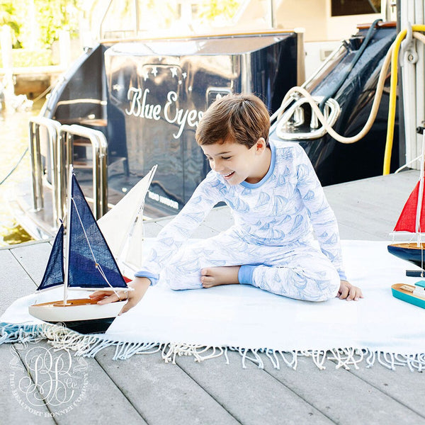 The Beaufort Bonnet Sutton's Sweet Dream Set St. Simon's Sailboat with Barbados Blue (unisex)