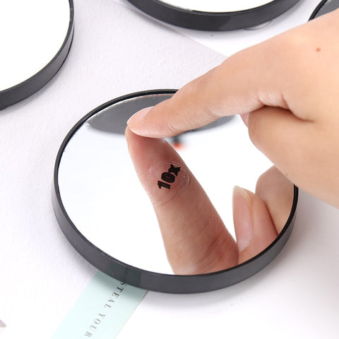 Magnifying makeup Mirror With Two Suction Cups