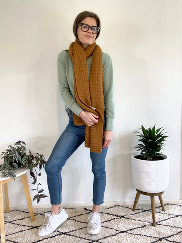 how-to-wear-jeans-and-breastfeeding-top-nz