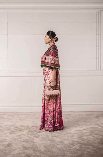 Printed Concept Saree, Paired with Embroidered Cape