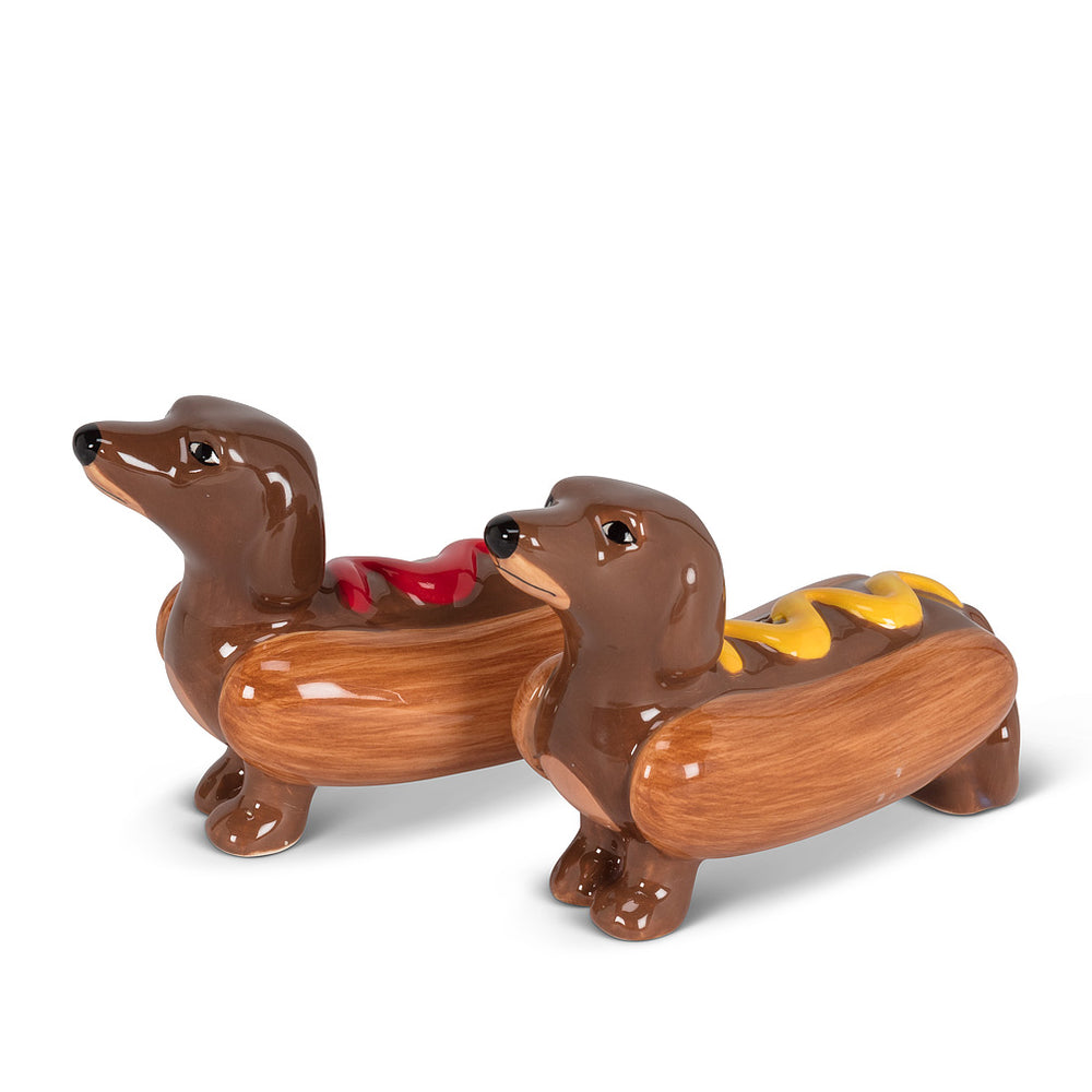 Dachshunds in hot dogs salt and pepper shakers