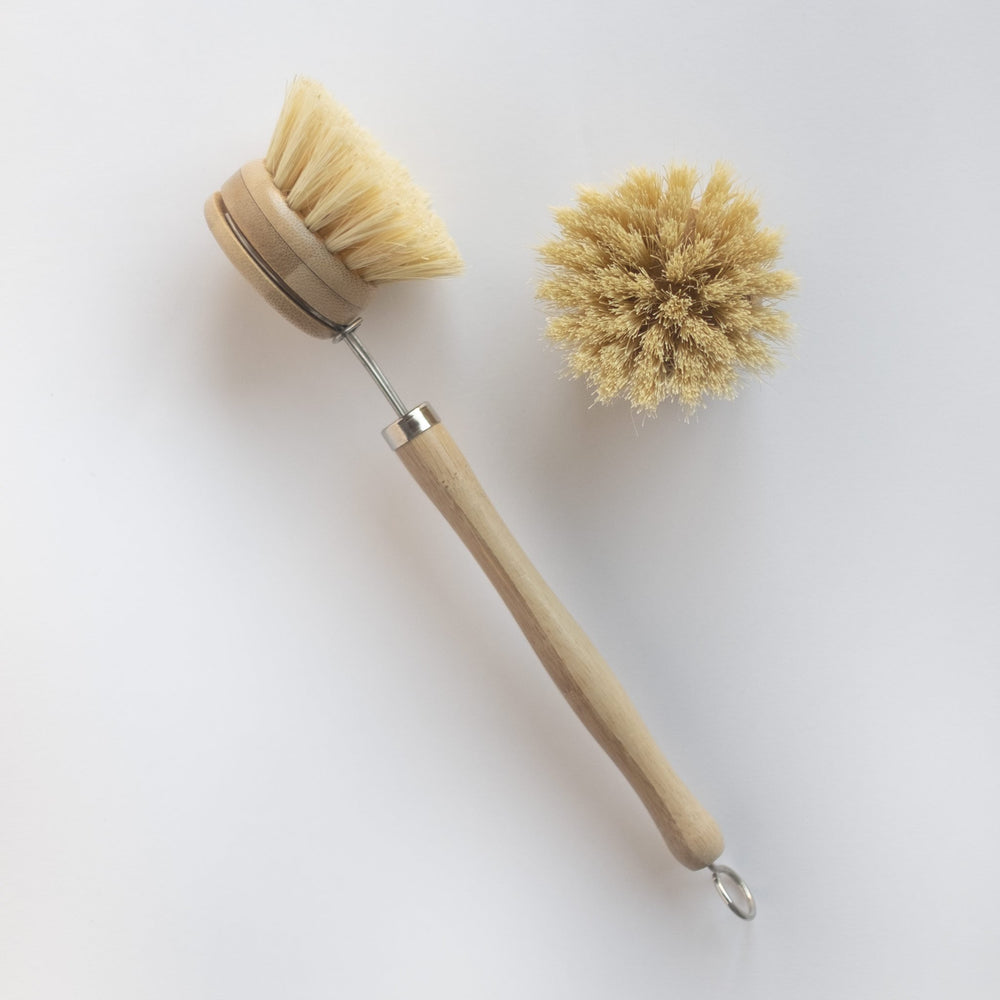 Bamboo scrub brush with replaceable head