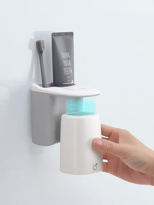 Magnetic Mouthwash Cup