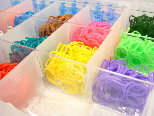 Deluxe Loom Twister Kit - Rainbow Case inc 2500 bands