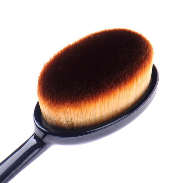 Foundation Oval 6 MakeUp Contour Brush