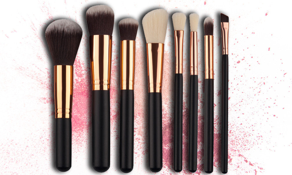 8 Piece Make Up Brush Set Black or Pale Pink