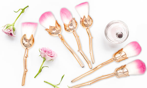 6 Piece Flower Make up Brushes