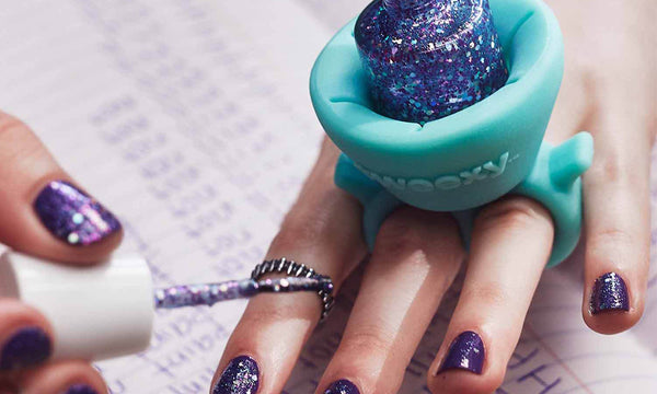 Tweexy - The Original Wearable Nail Polish and Varnish Holder