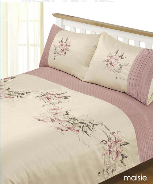 Embroidered duvet set