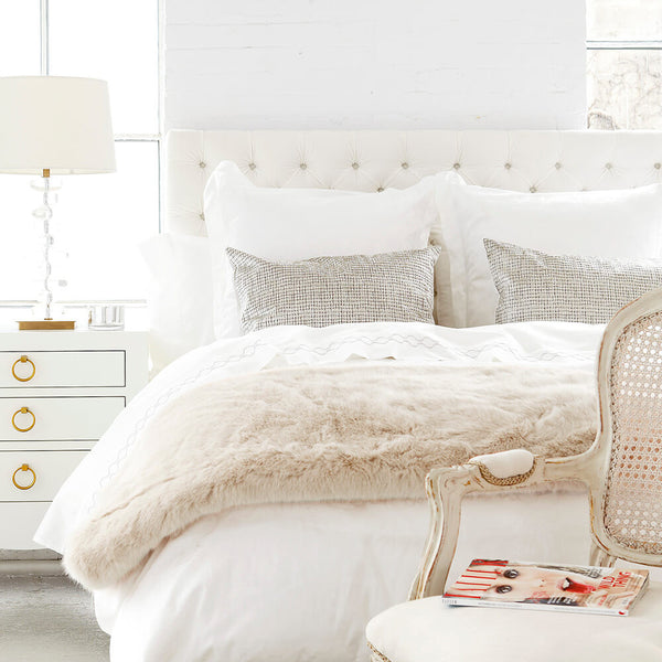 Au Lit Shop The Look: Classic Milk Bed