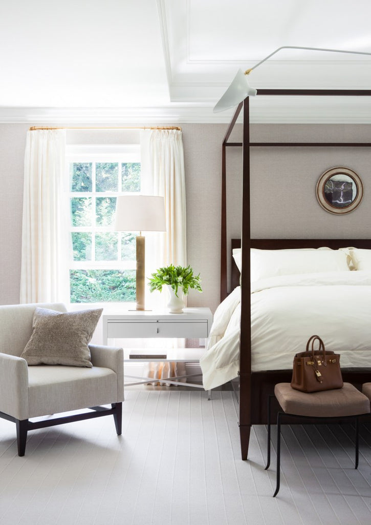 Whether Your Style Is Modern Or Traditional Romantic Rustic Theres A Canopy Bed Thats Perfect For You Weve Rounded Up Our Favourite Dreamy