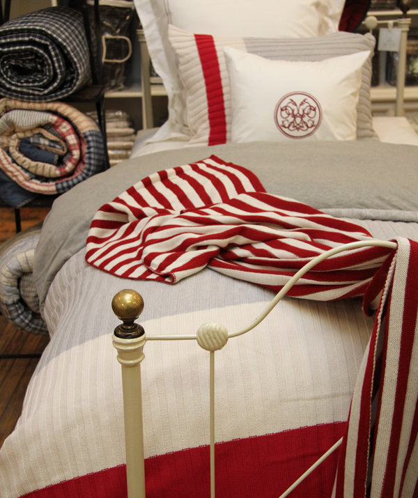 Incredible Finds At Our Outlet Au Lit Fine Linens