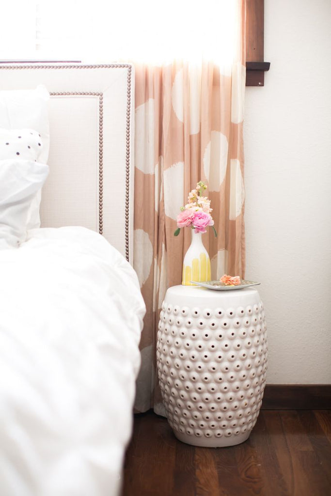 Picture of: 7 Chic Alternatives To A Bedside Table Au Lit Fine Linens