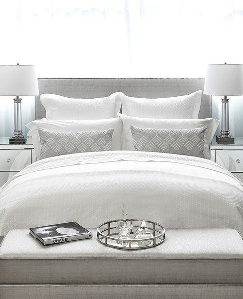 Enjoyable 9 Feng Shui Tips For The Bedroom Au Lit Fine Linens Complete Home Design Collection Barbaintelli Responsecom