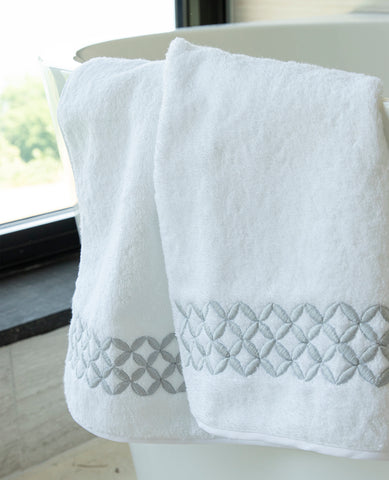 Anice Italian Embroidered Guest Towel