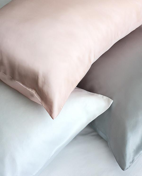 Silk%20Charmeuse%20Pillow%20Case