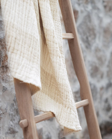 Crinkle Linen Throw Sand