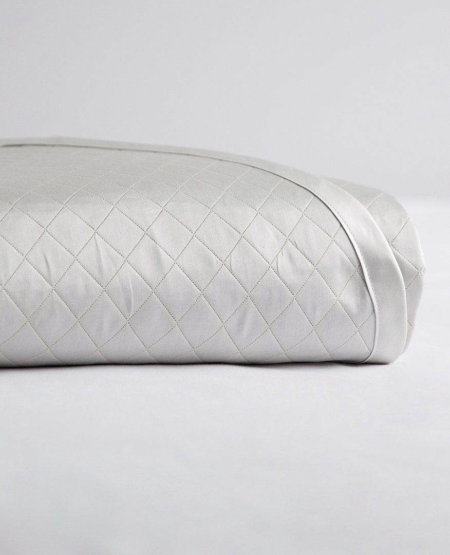 Diamante%20Quilted%20Silver