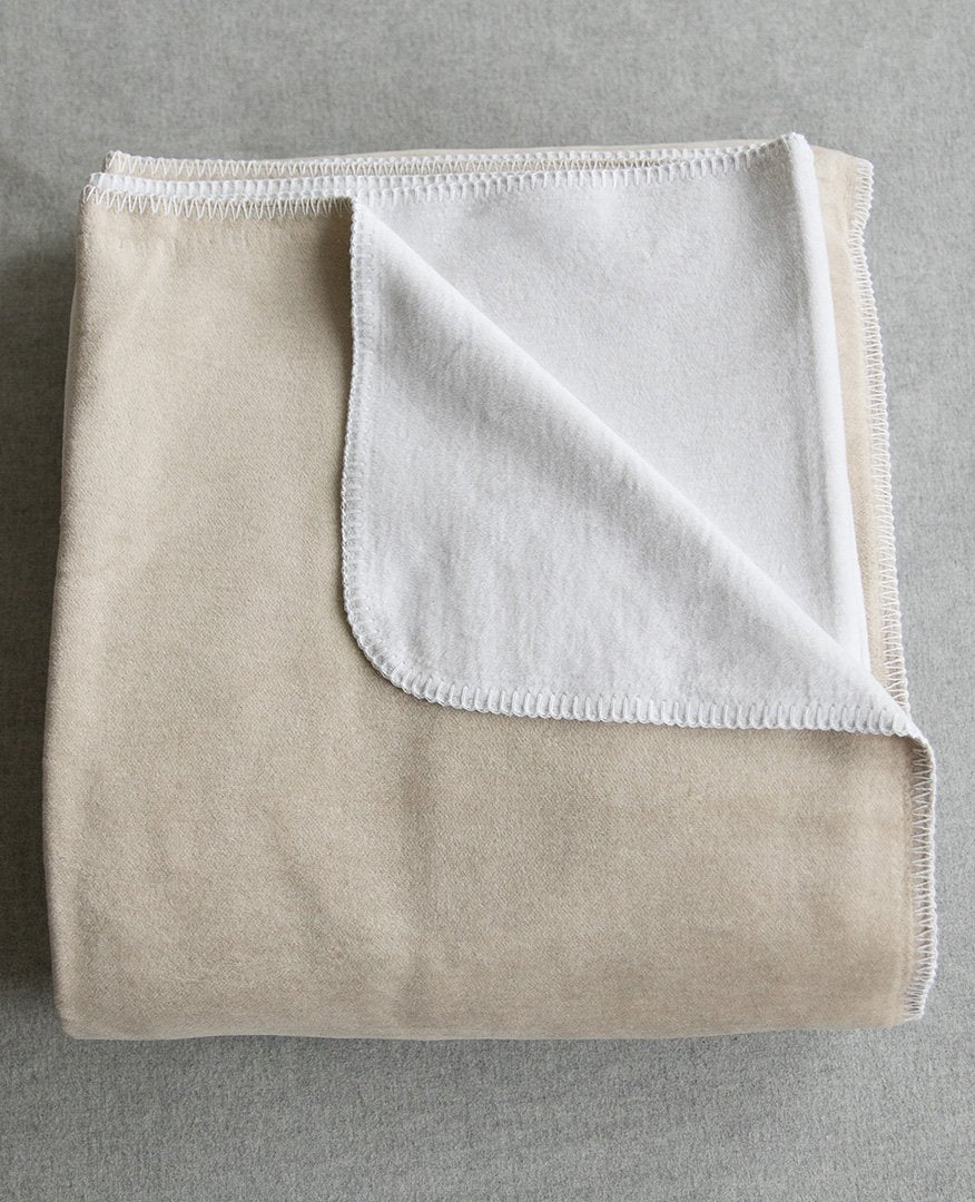 Reversible%20Brushed%20Cotton%20Blanket%20White/Taupe