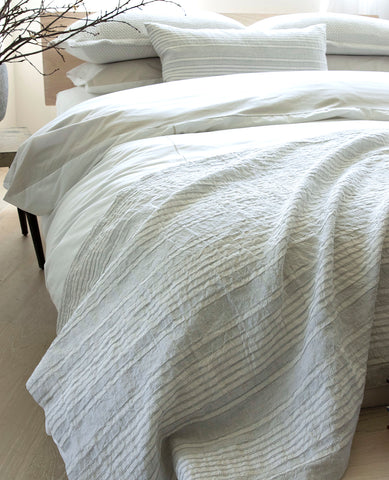 Suzanne Dimma x Au Lit Raya Bed Scarf Pebble