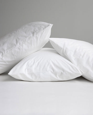 Down & Feather Pillow Medium Support