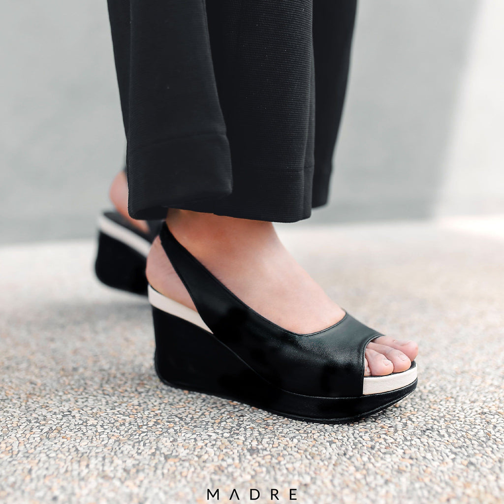 Calla Wedges Madre Collection 35 Black