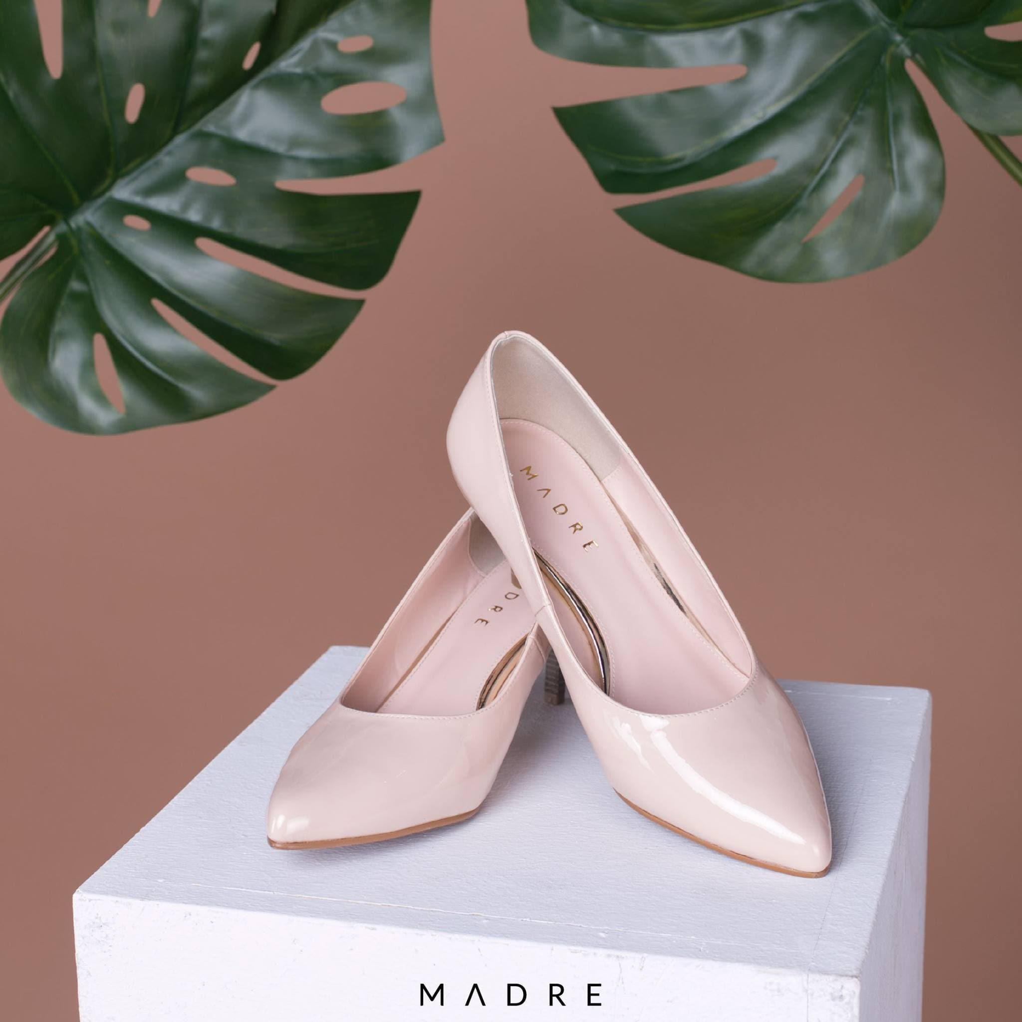 Chloe Heels Madre Collection 40 Nude