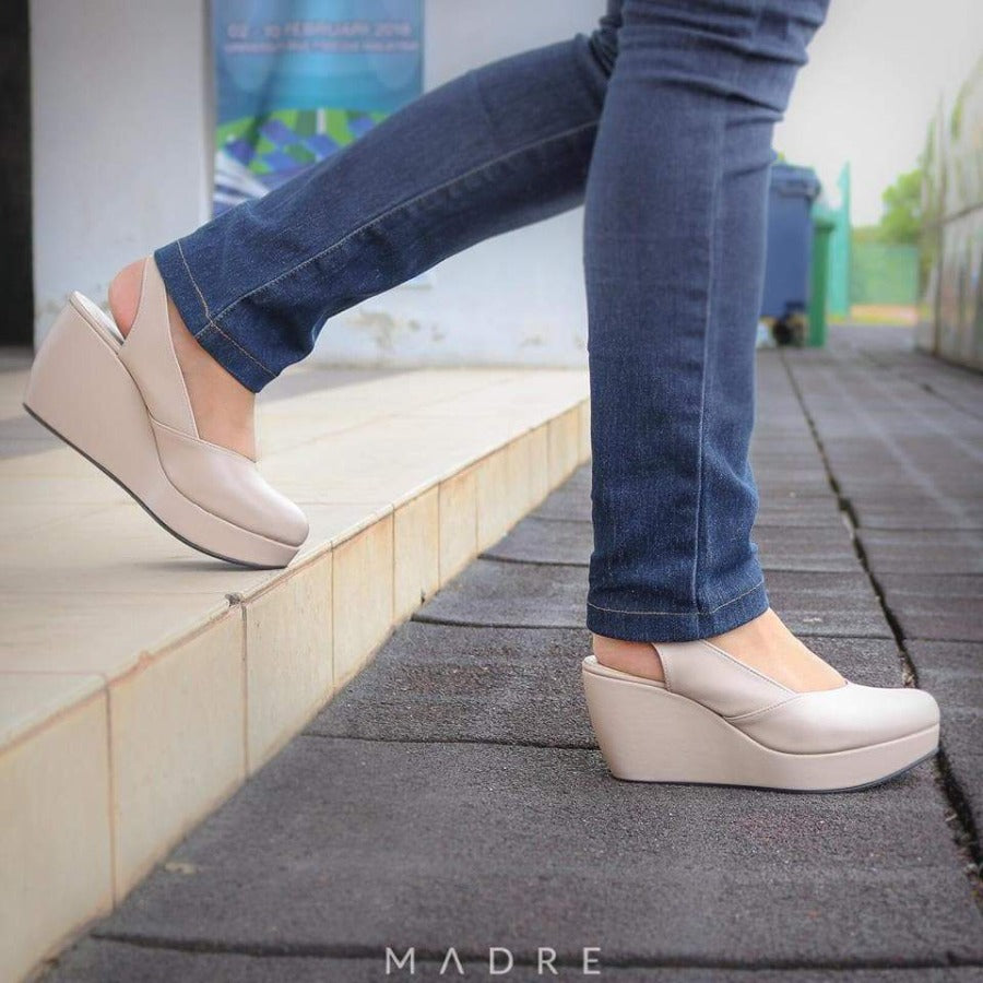 Reana Wedges Madre Collection 35 Nude