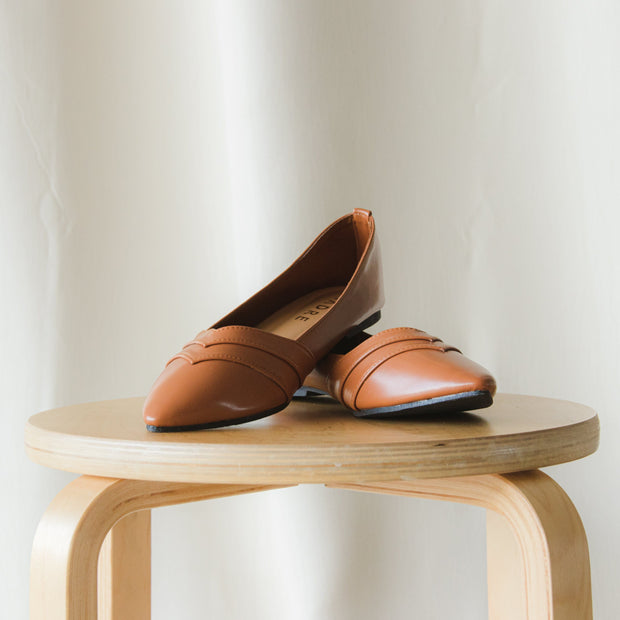Camilla Flat Shoes Madre Collection 35 Caramel