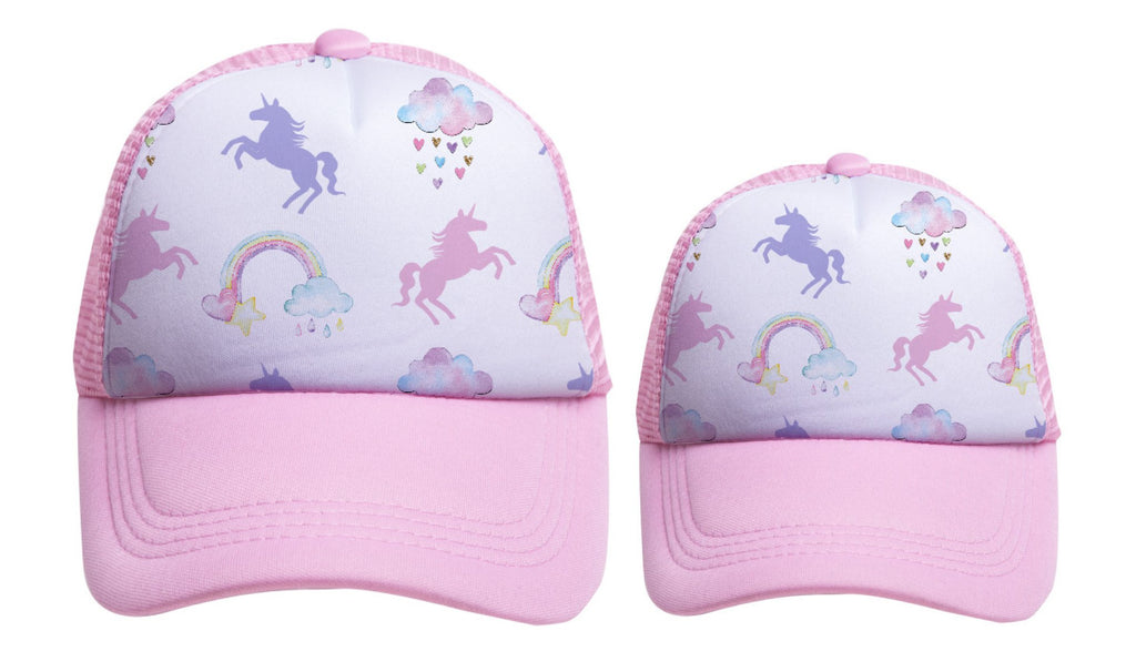 UNICORNS & RAINBOWS Print Trucker Hats