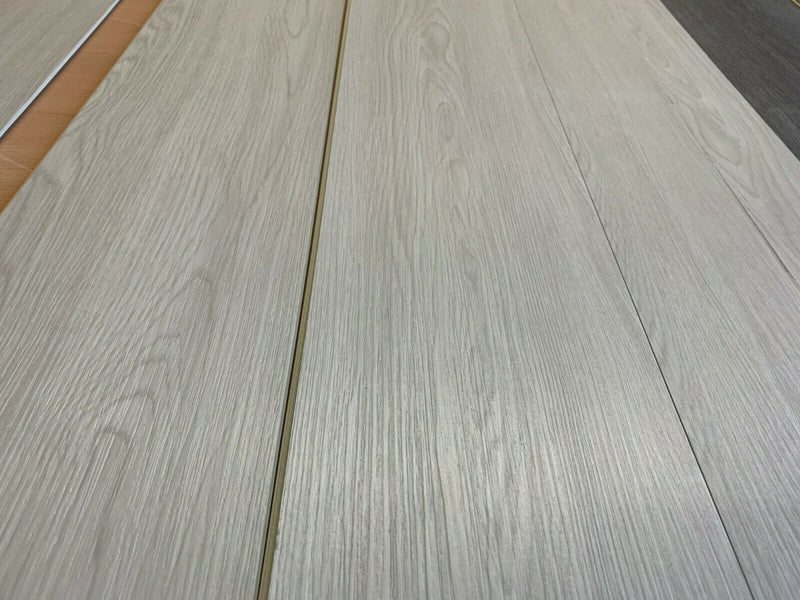 SPC Luxury Laminate Vinyl With LVT - Smooth River