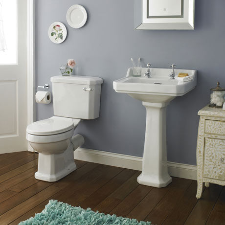 Carlton-4-Piece-Traditional-2TH-Bathroom-Suite-560mm-Basin_p.jpg