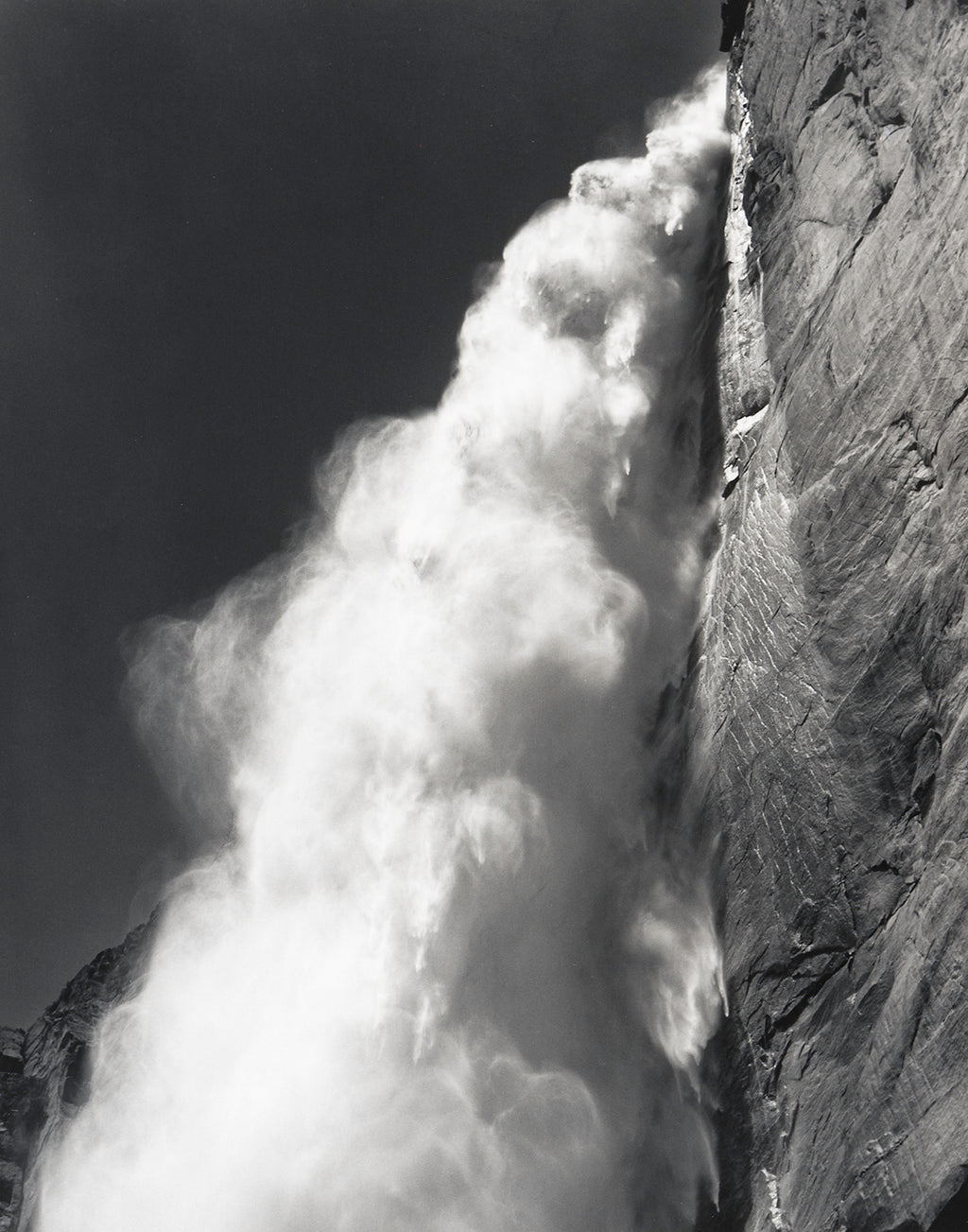 Yosemite Fall, Profile