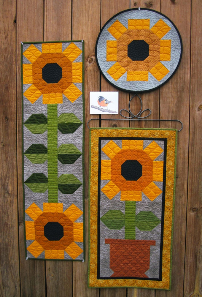 Suzanne's Art House #193 Oriole Sunflower Pattern