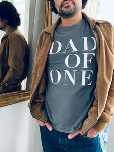 T-SHIRT ANTHRACITE VINTAGE DAD OF ONE, DAD OF TWO, DAD OF THREE, DAD OF FOUR...