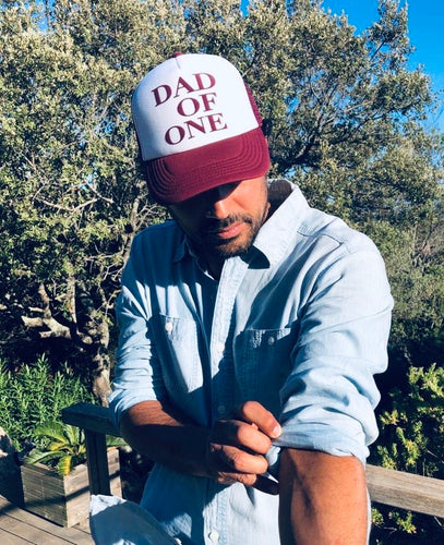 CASQUETTE DAD OF - ROUGE BORDEAUX ET BLANCHE - Disponibles pour les DAD OF ONE, TWO, THREE...