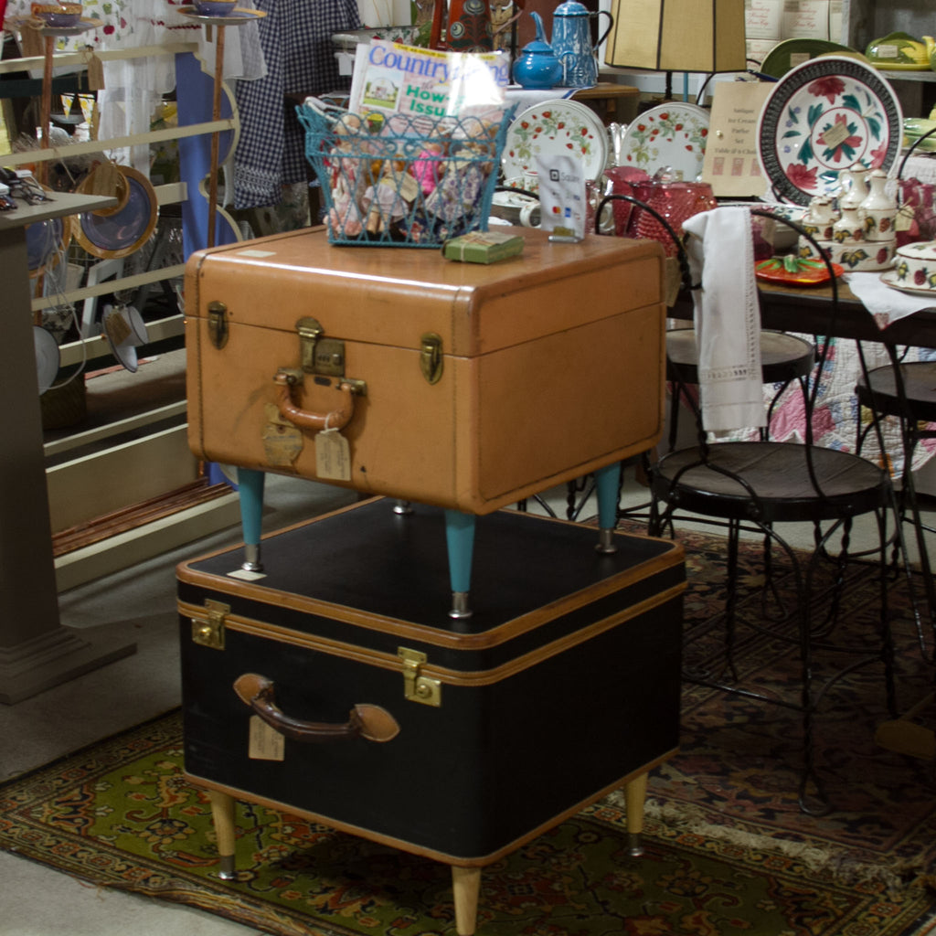 The Townhouse House Antiques & Vintage Highlighted in Antique Week's June 18, 2018 Edition