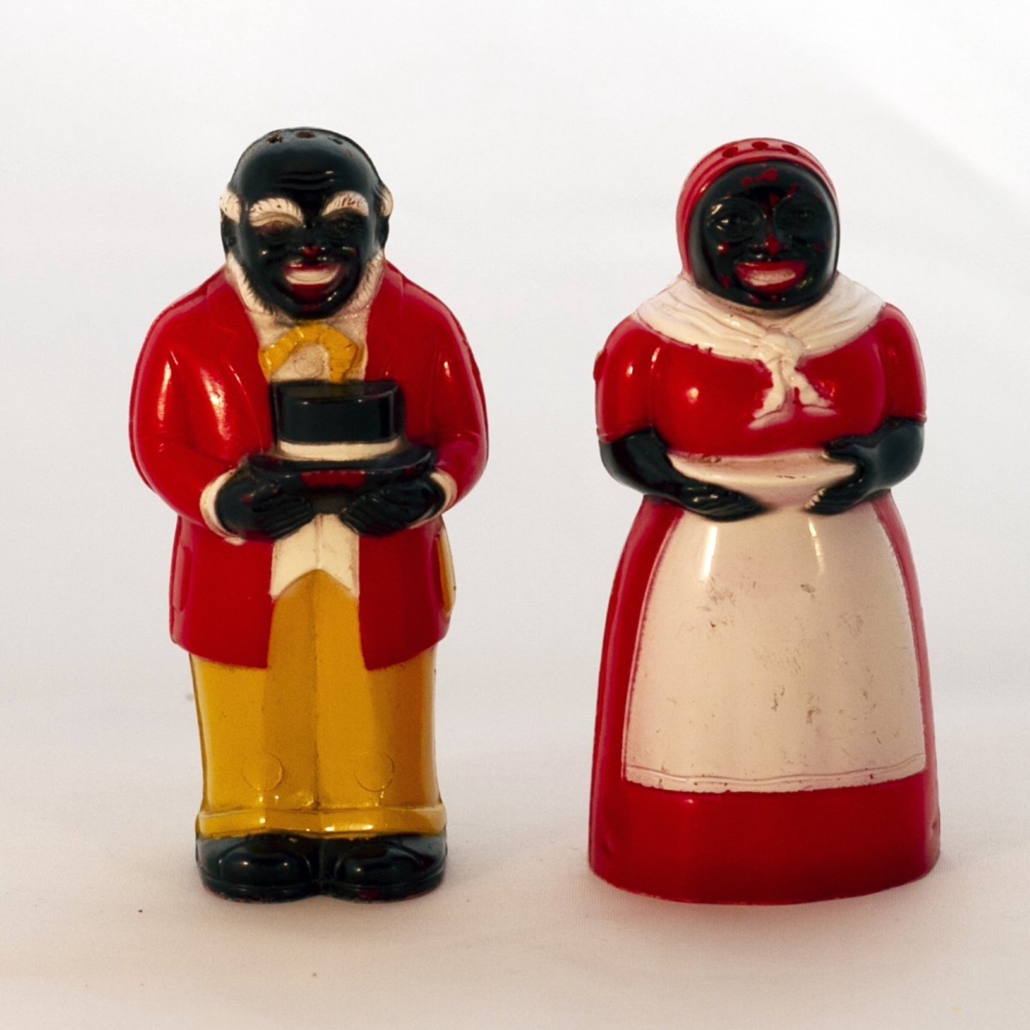 "Black Americana Molded Hard Plastic 1940s JEMIMA & MOSE SHAKERS 3 ½"" Made by F & F Mold and Die Works"