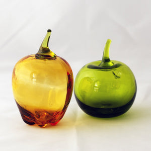 ART GLASS FRUIT DECOR Amber and Green Apples