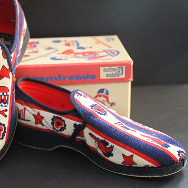 WELLCO FOAMTREADS '76 BICENTENNIAL Stars and Stripes Corduroy Slippers New Old Stock with Box