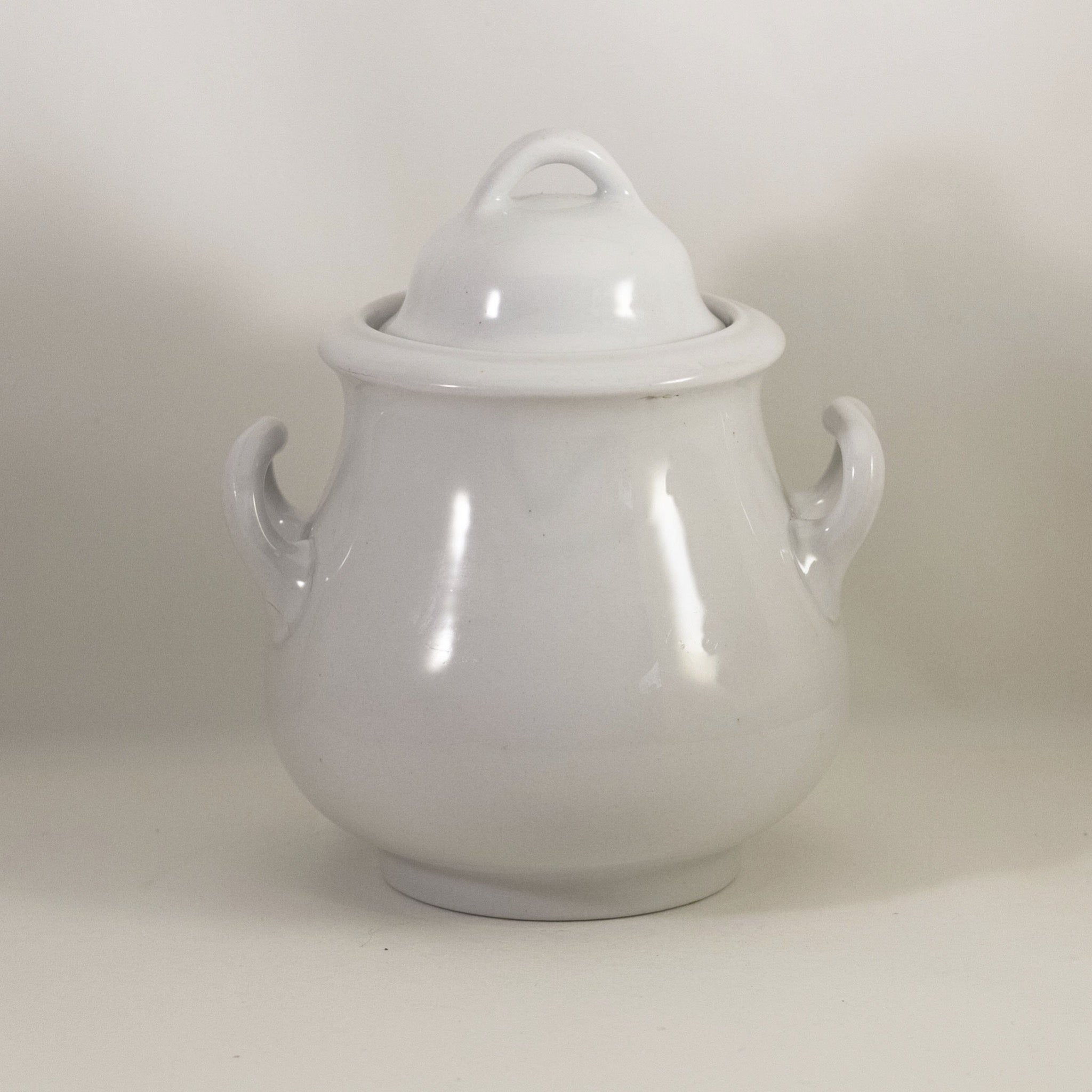 BURGESS & GODDARD Prince of Wales Covered Sugar Bowl Circa 1870s