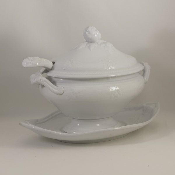 Antique JOHN MEIR & SON Washington Shape Ironstone Sauce Tureen with Ladle & Underplate Circa 1863