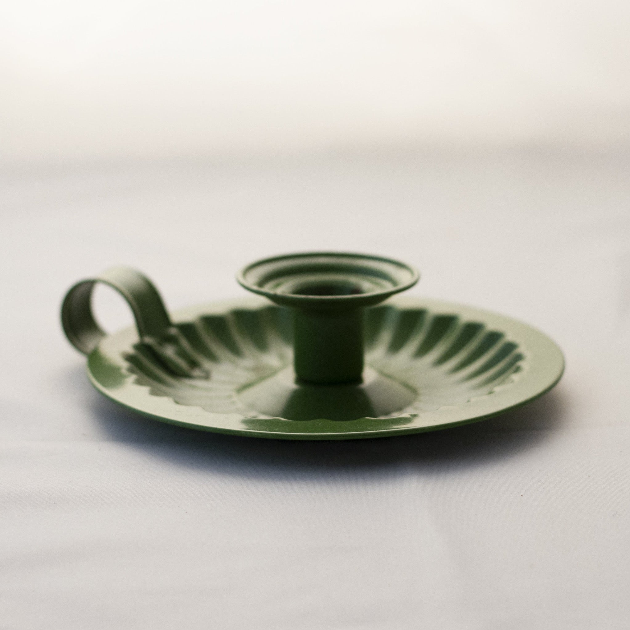 Tin CHAMBERSTICK CANDLE HOLDER Painted Green Made in Hong Kong