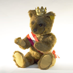 Collectible STEIFF BERLIN BEAR with Gold Crown Circa 1980s