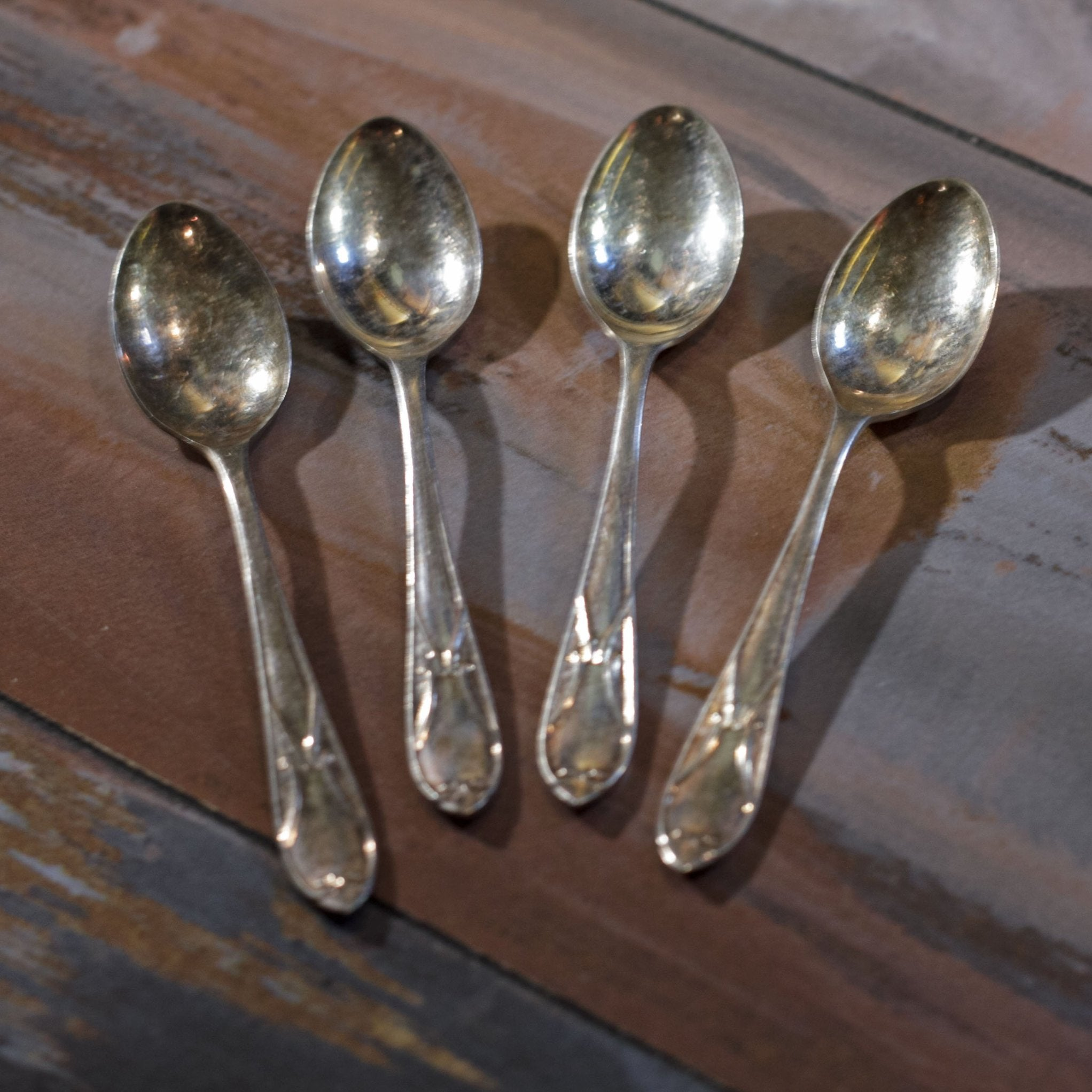 SHEFFIELD CRAFTSMAN SILVER PLATE DEMITASSE SPOONS Set of Four (4)