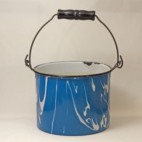 GRANITEWARE WATER PAIL Robins's Egg Blue and White Swirl Circa 1880 - 1920
