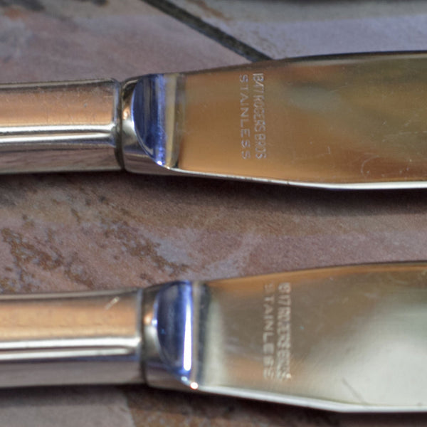 LOVELACE MODERN GRILLE KNIVES by 1847 Rogers Brothers Set of Six (6)
